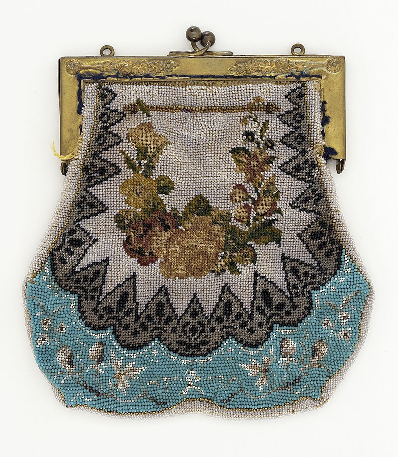 История на дамската чанта